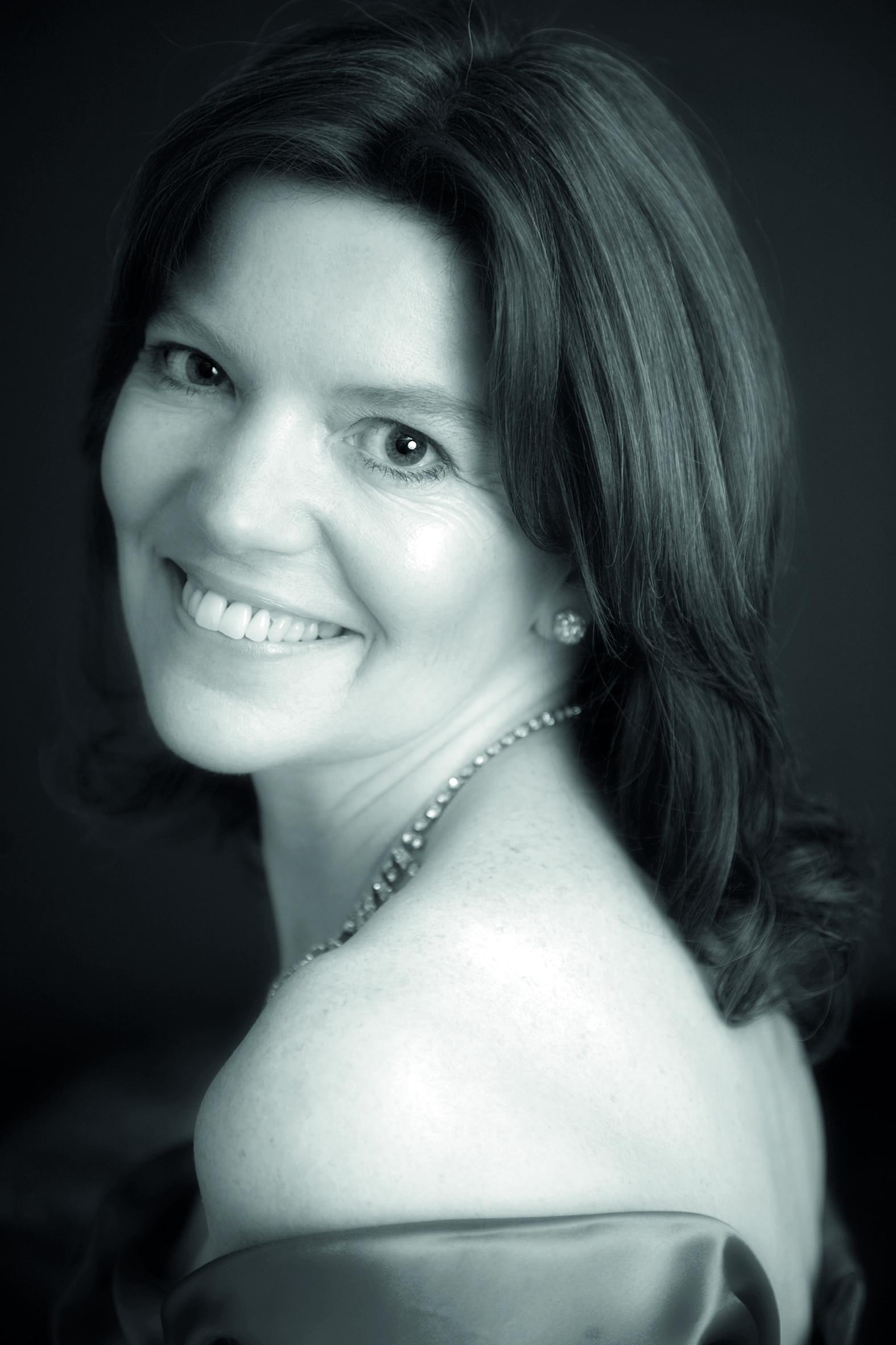 Fiona Canfield - artist at English National Opera