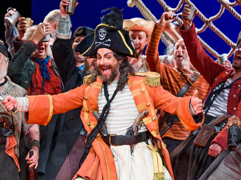 Joshua Bloom in The Pirates of Penzance