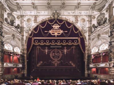 Opera-Undressed-preshowtalk-afar