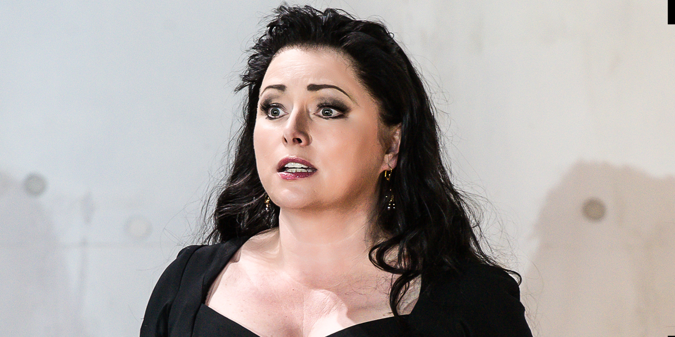 ENO Rodelinda - Rebecca Evans as Rodelinda. Photo by Clive Barda
