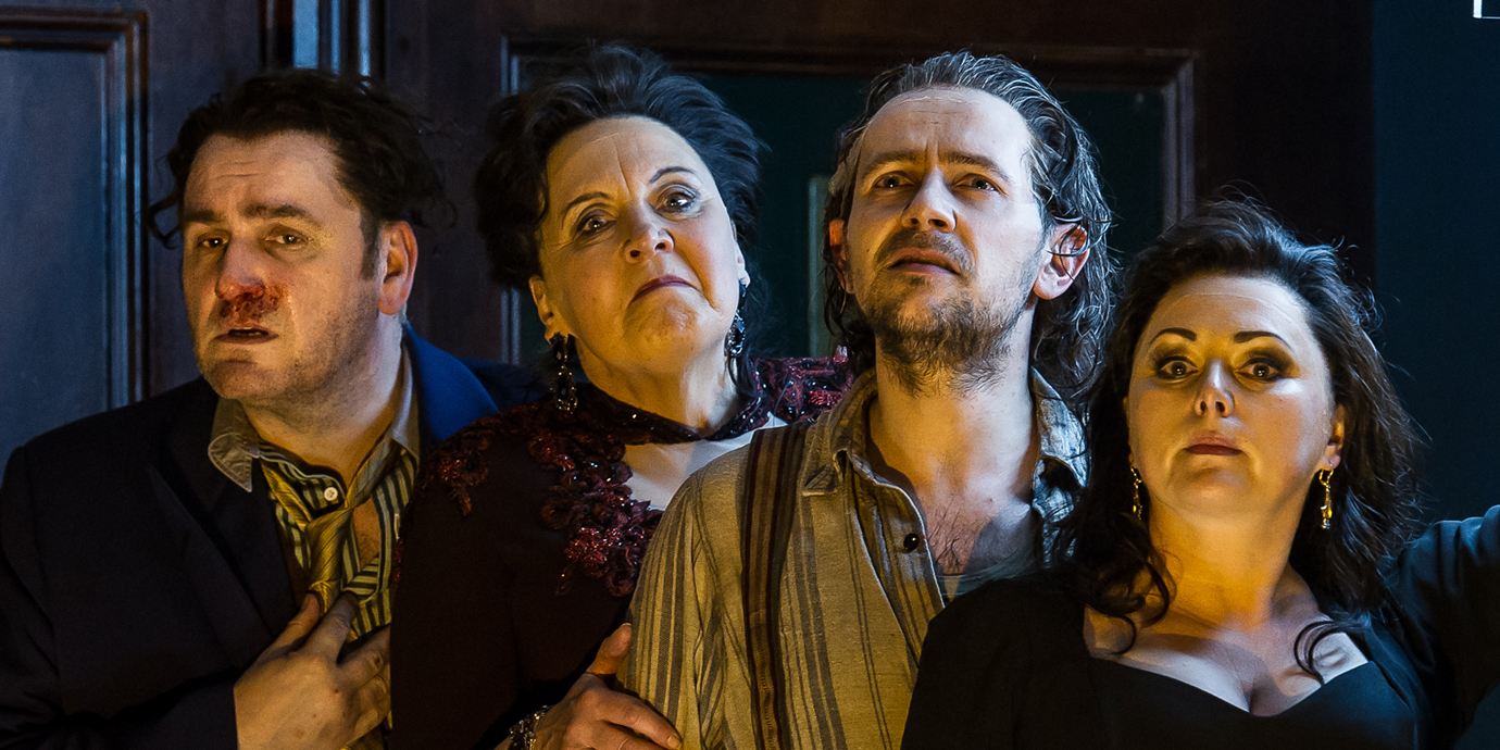 ENO's Rodelinda - John Mark Ainsley as Grimoaldo, Susan Bickley as eduige, iestyn davies as Bertarido and Rebecca Evans as Rodelinda. Photo by Clive Barda