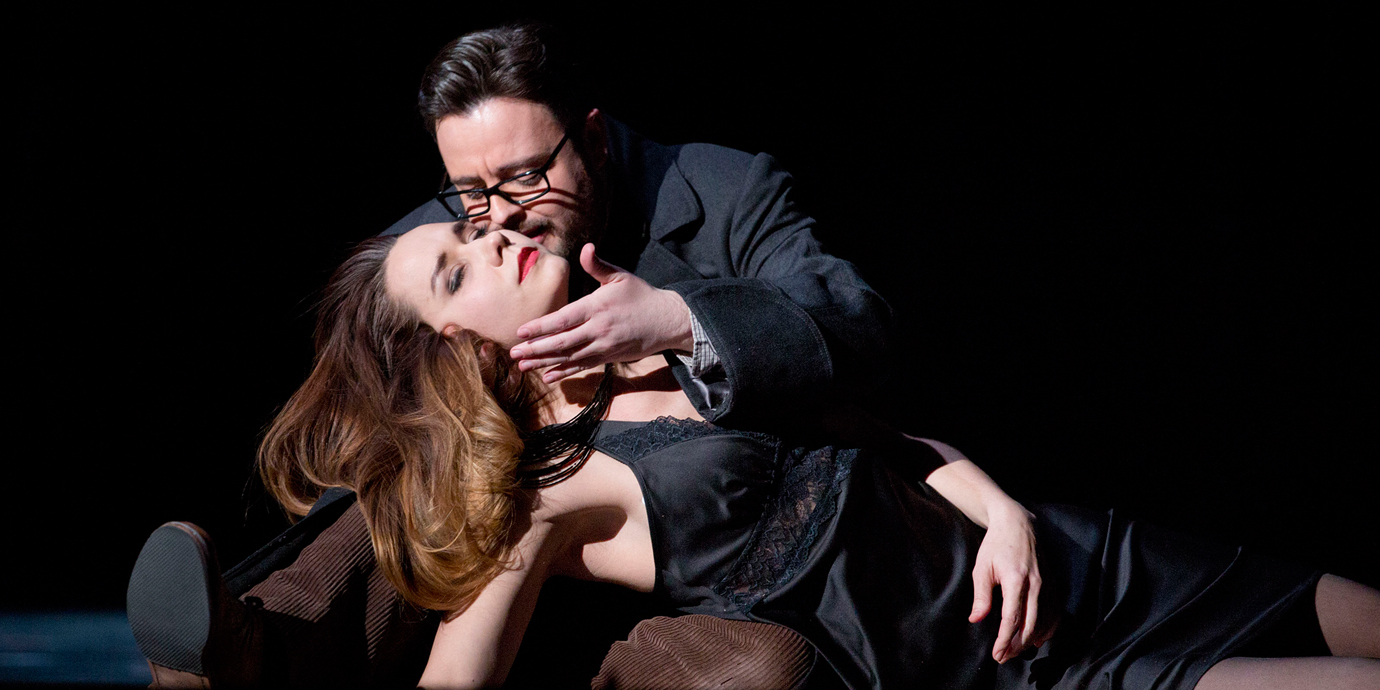 ENO's La traviata - Elizabeth Zharoff as Violetta, Ben Johnson as Alfredo. Photo by Donald Cooper.