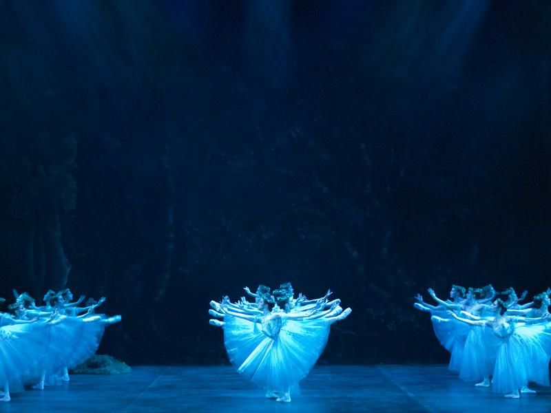 Giselle Act II (c) Patrick Baldwin