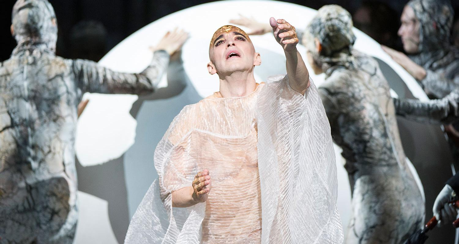 ENO1516 Akhnaten: Anthony Roth Costanzo in the title role (c) Richard Hubert Smith