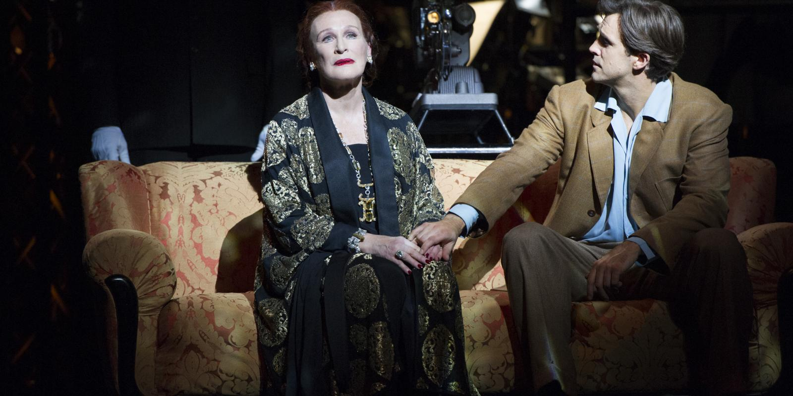 Glenn Close (Norma Desmond), Michael Xavier (Joe Gillis). Photo by Richard Hubert Smith