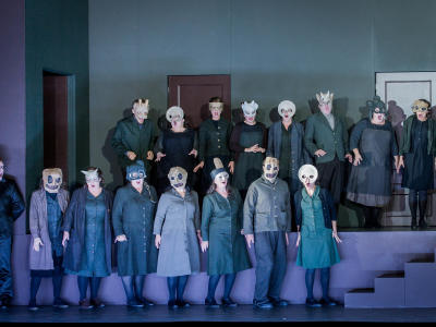 ENO Don Giovanni ENO Chorus (c) Robert Workman