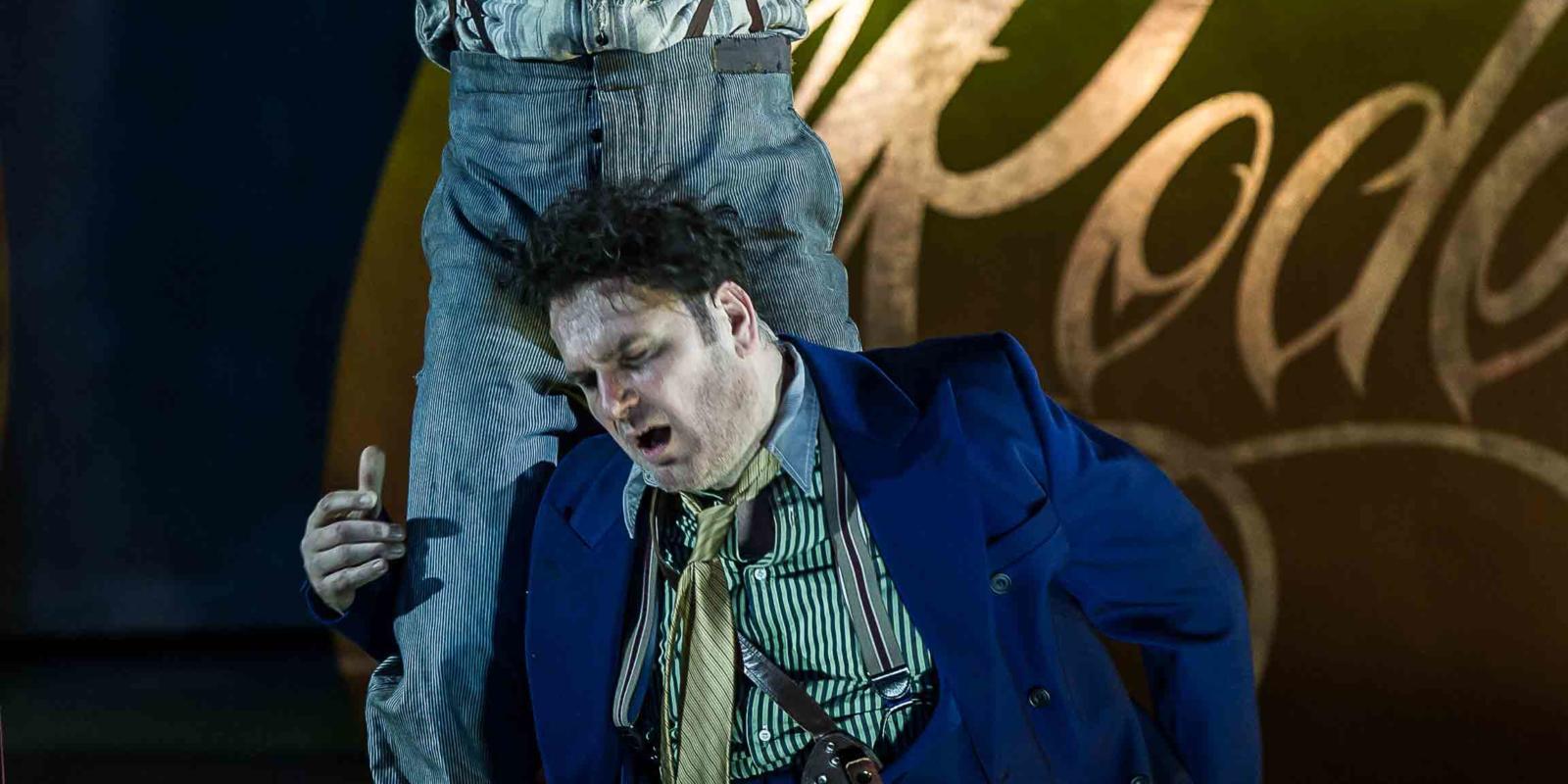 An image of Iestyn Davies and John Mark Ainsley in Richard Jones's 2014 production of Rodelinda