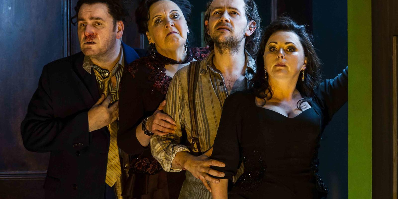 An image of John Mark Ainsley, Susan Bickley, Iestyn Davies and Rebecca Evans in Richard Jones's 2014 production of Rodelinda