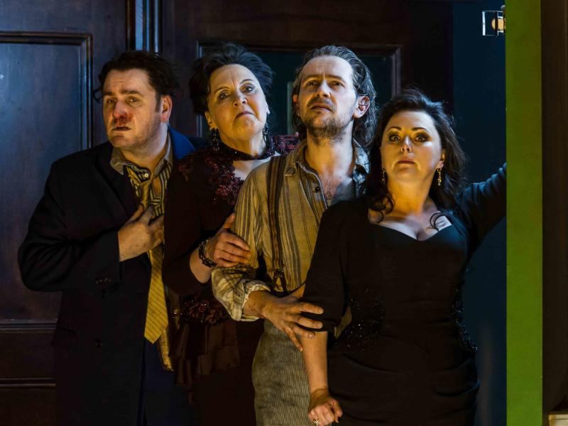 An image of John Mark Ainsley, Susan Bickley, Iestyn Davies and Rebecca Evans in Richard Jones's 2014 production of Rodelinda