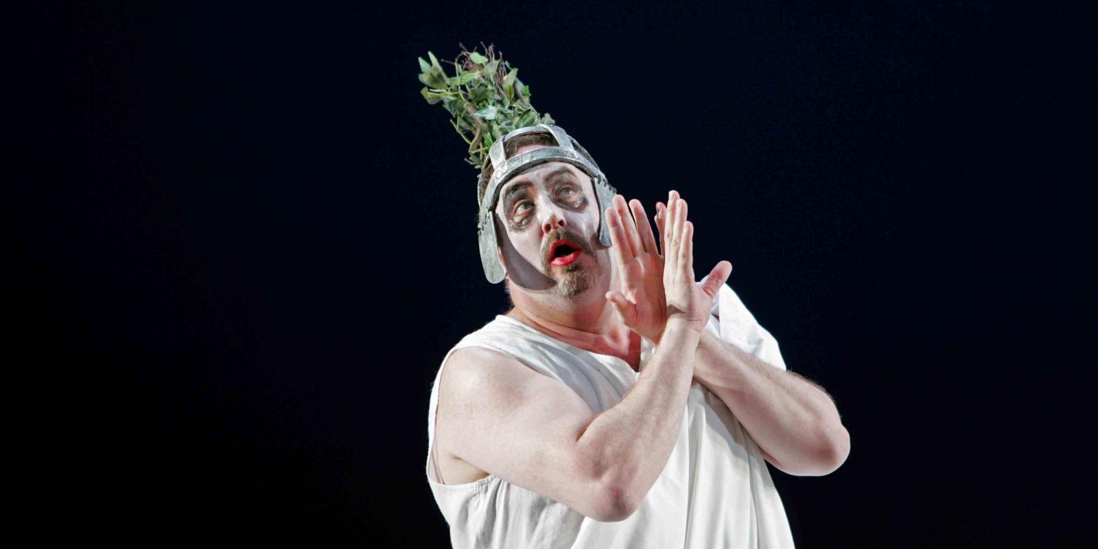 An image of Peter Rose in ENO's 2004 production of A Midsummer Night's Dream