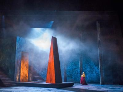 ENO Aida: Final shapes in the set design: Latonia Moore (c) Tristram Kenton