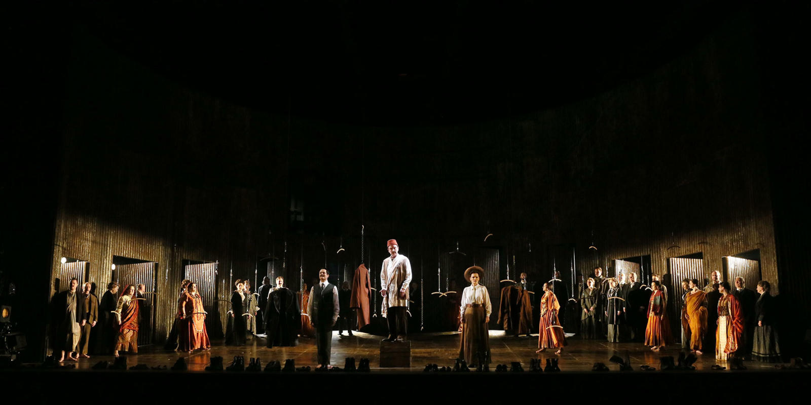 ENO Satyagraha: Cast and Chorus (c) Donald Cooper