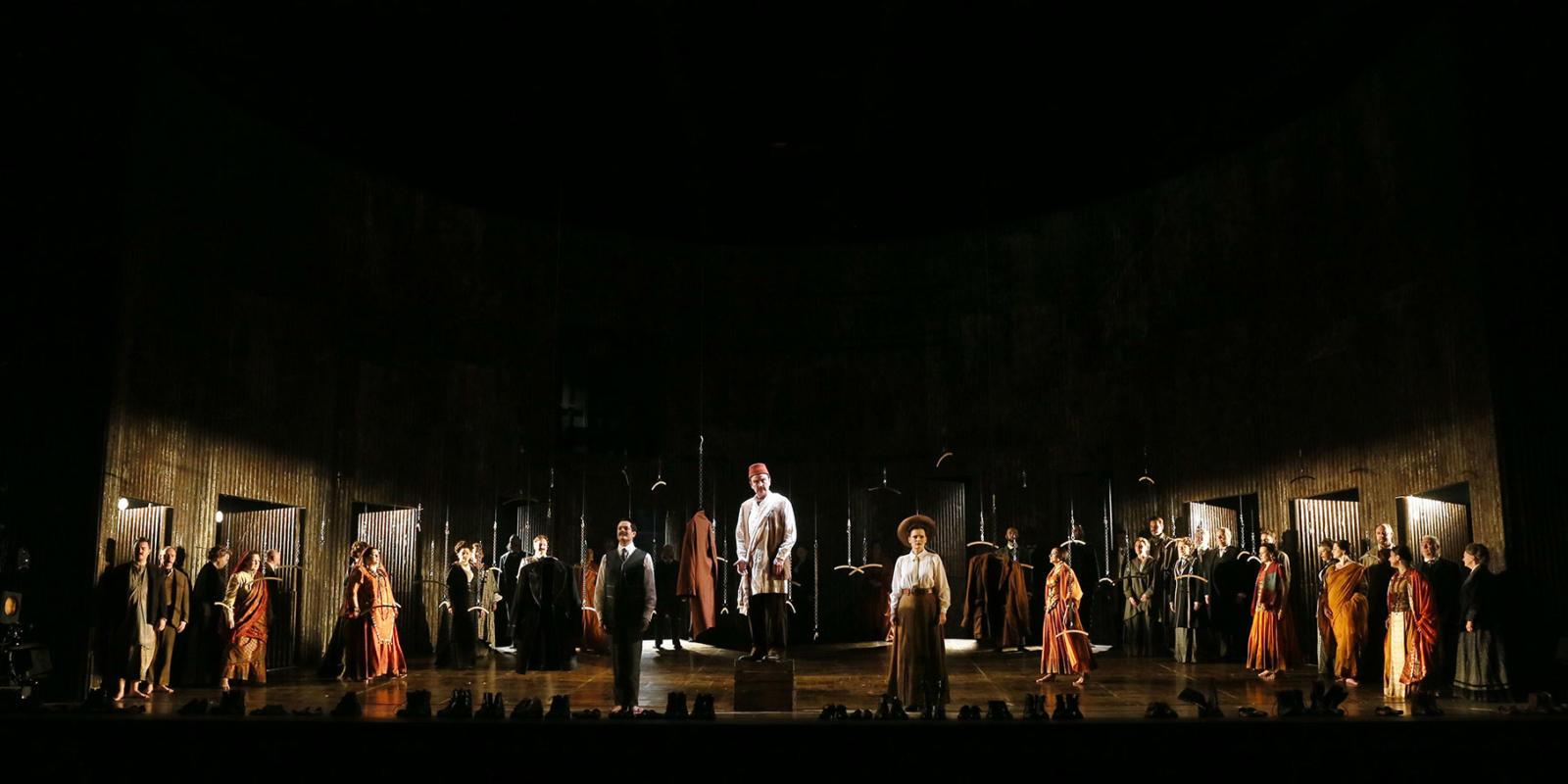 ENO Satyagraha: Cast and Chorus (c) Donald Cooper