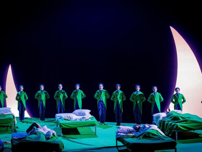 ENO A Midsummer Night's Dream Trinity Boys Choir 4 (c) Robert Workman