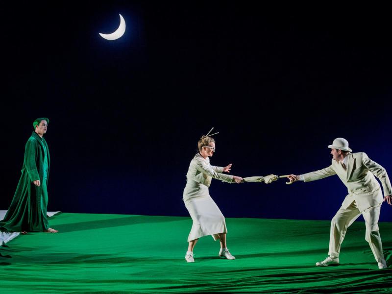 ENO A Midsummer Night's Dream Christopher Ainslie Eleanor Dennis Matthew Durkan (c) Robert Workman