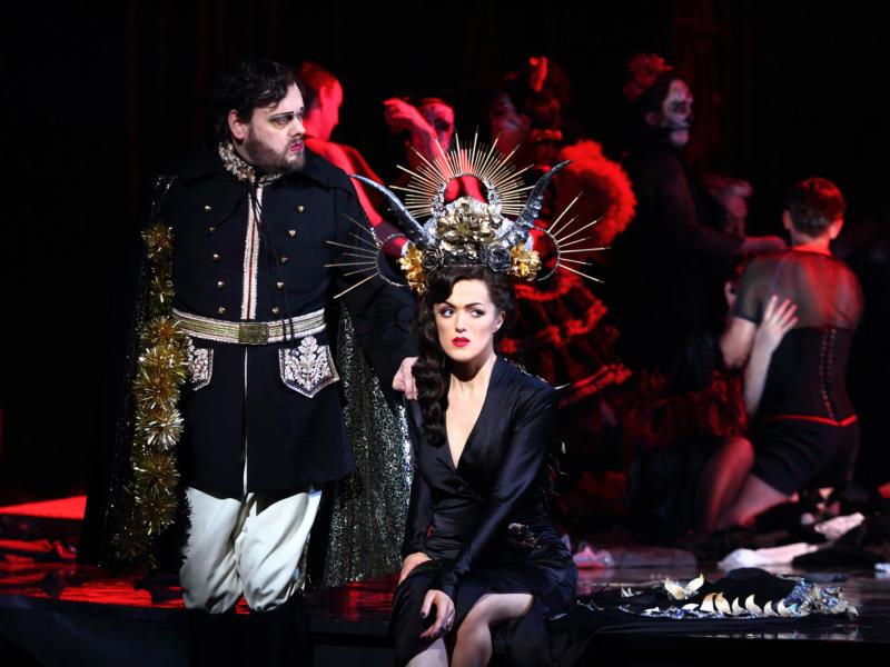 ENO-Traviata-Benjamin-Bevan-Claudia-Boyle-c-Catherine-Ashmore