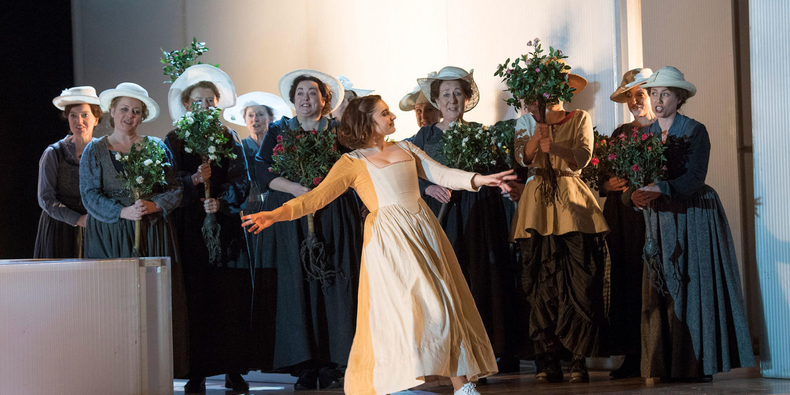 ENO 17/18: The Marriage of Figaro Alison Rose and the female members of the ENO Chorus (c) Alastair Muir