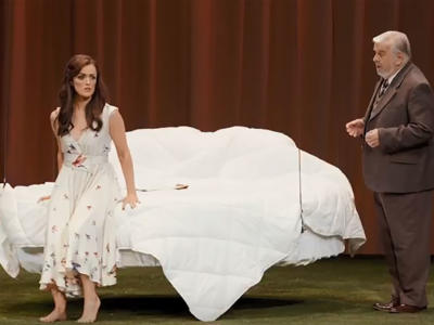 Alan Opie sings In time, your youth will fade away from Verdi's La traviata