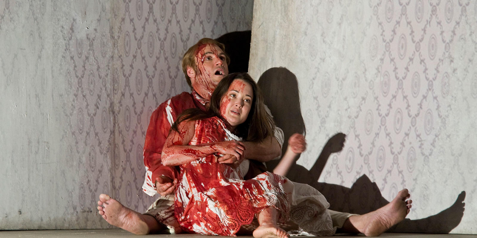 ENO Lucia di Lammermoor Anna Christy and Dwayne Jones (c) Robert Workman