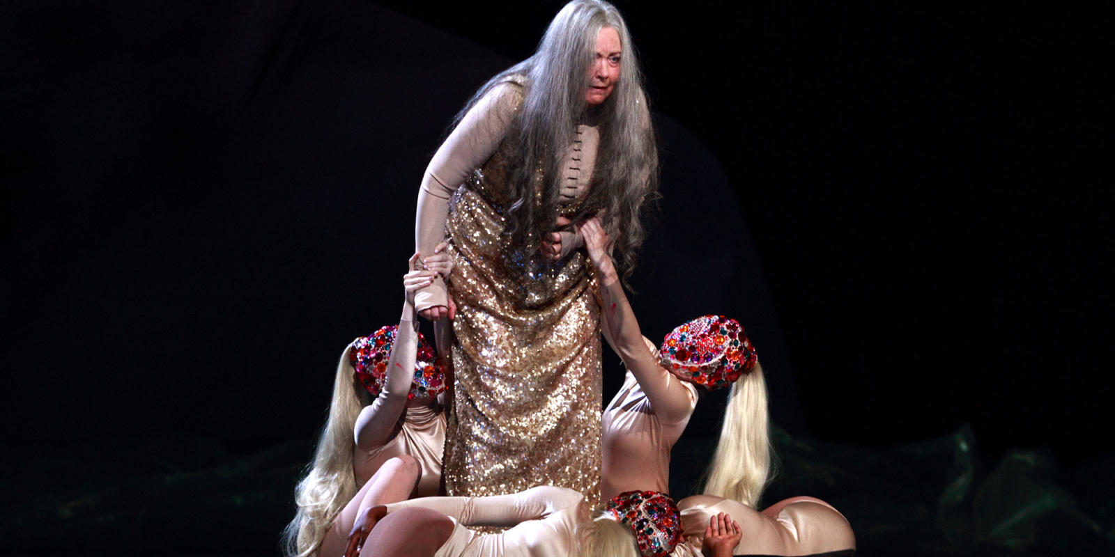 ENO Salome: Susan Bickley and dancers (c) Catherine Ashmore
