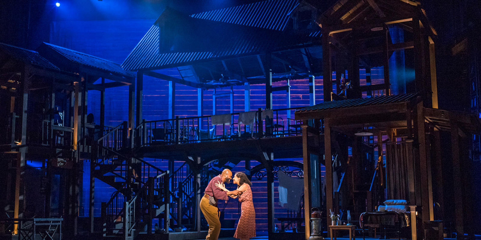 ENO Porgy and Bess: Eric Greene as Porgy Nicole Cabell as Bess (c) Tristram Kenton