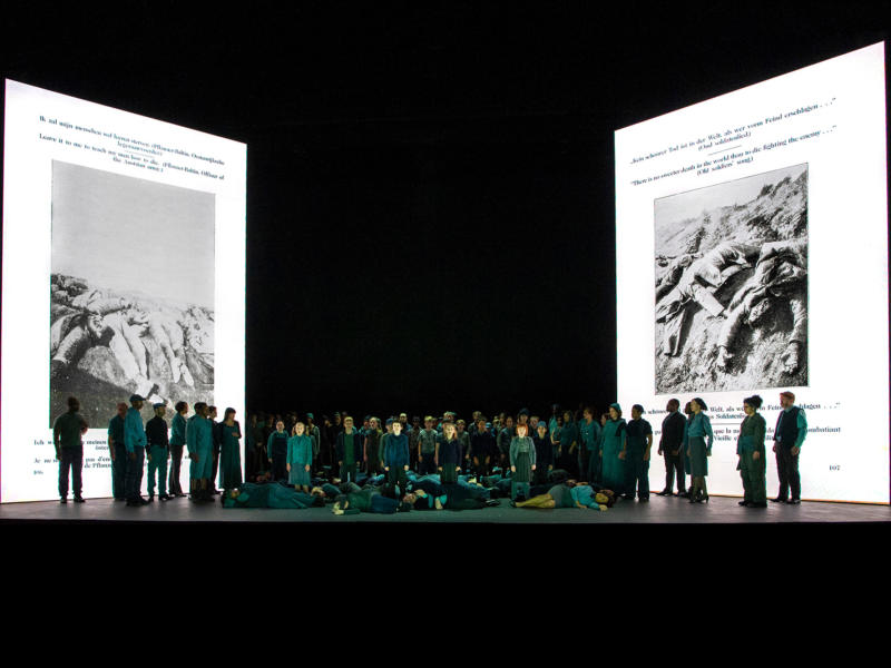 ENO War Requiem Ensemble (c) Richard Hubert Smith