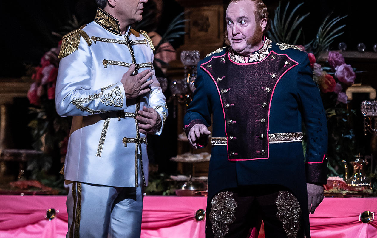 ENO The Merry Widow: Nathan Gunn; Andrew Shore © Clive Barda