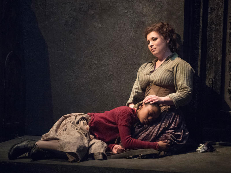 ENO 2018/19 Jack the Ripper: The Women of Whitechapel: Ashirah Foster Notice and Natalya Romaniw, © Alastair Muir