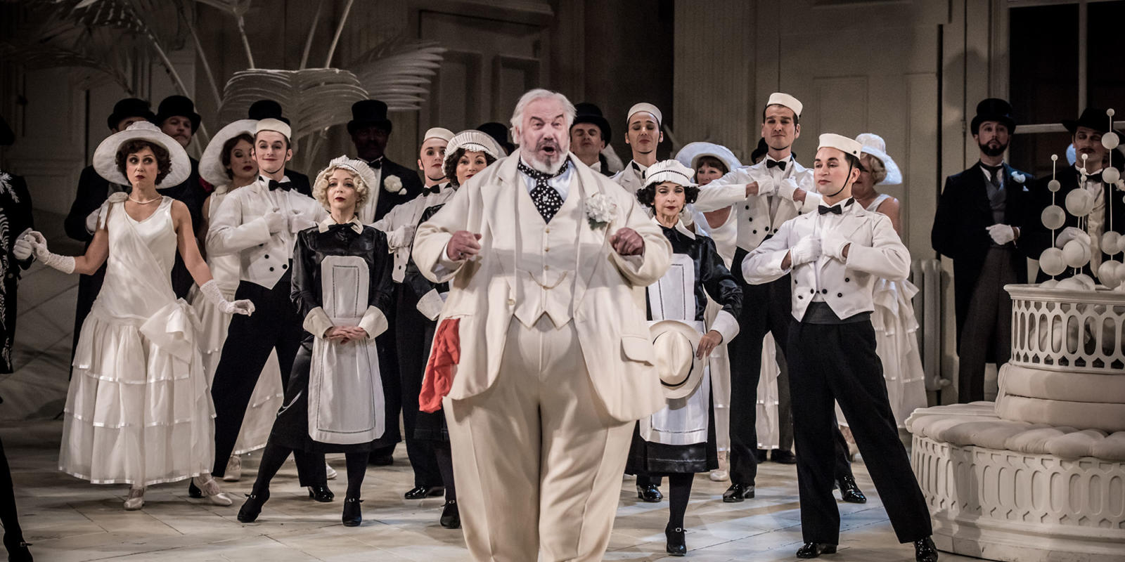 ENO The Mikado 2019, John Tomlinson © Genevieve Girling